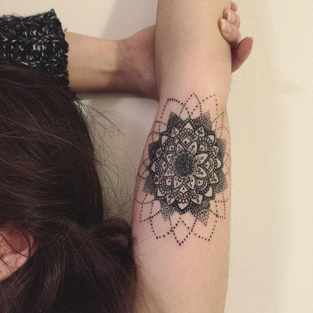 70 Mandala Tattoos: The Greatest Pictures!
