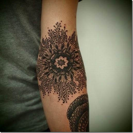 50 Shiny Mandala Tattoos You Wish to Have