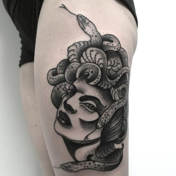 Medusa Tattoos: 20 concepts with that means
