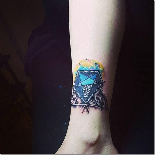 Lovely and provoking diamond tattoos