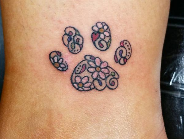 33 paws tattoo concepts - photos and that means