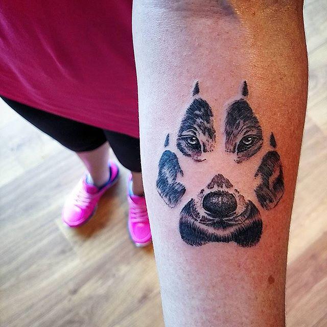 70 Werewolf tattoos that impress anybody » Nexttattoos