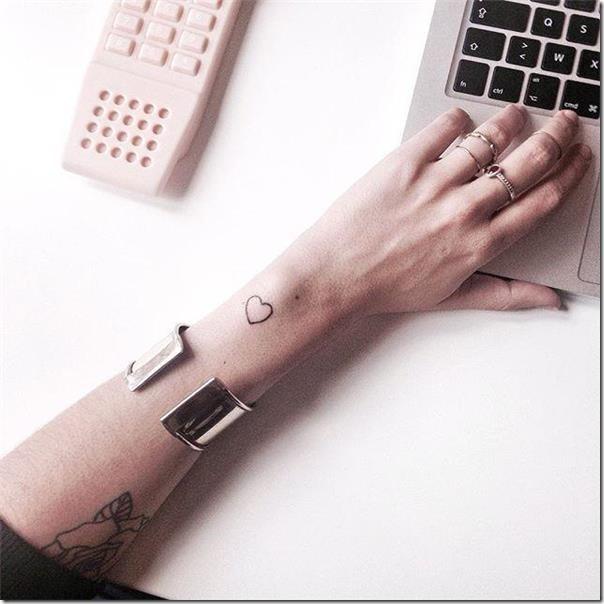 Lovely and Inspiring Coronary heart Tattoos