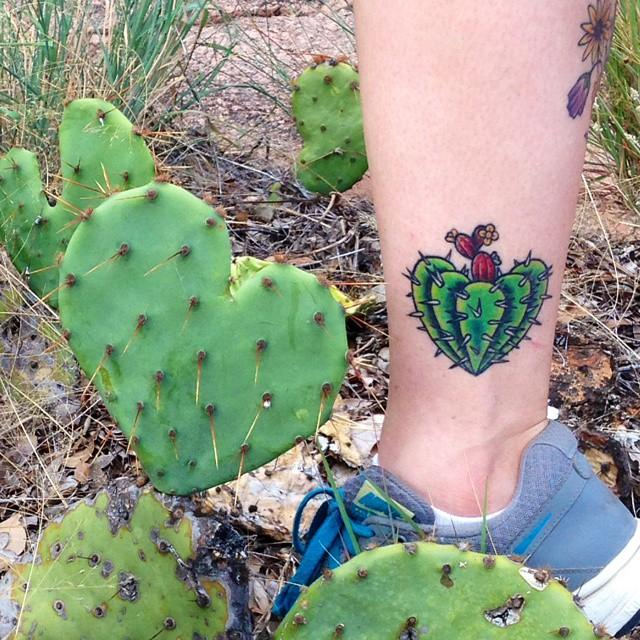 60 Tattoos of Cacti (the most effective pictures!)