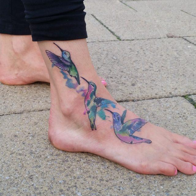 65 Delicate and artistic hummingbird tattoos