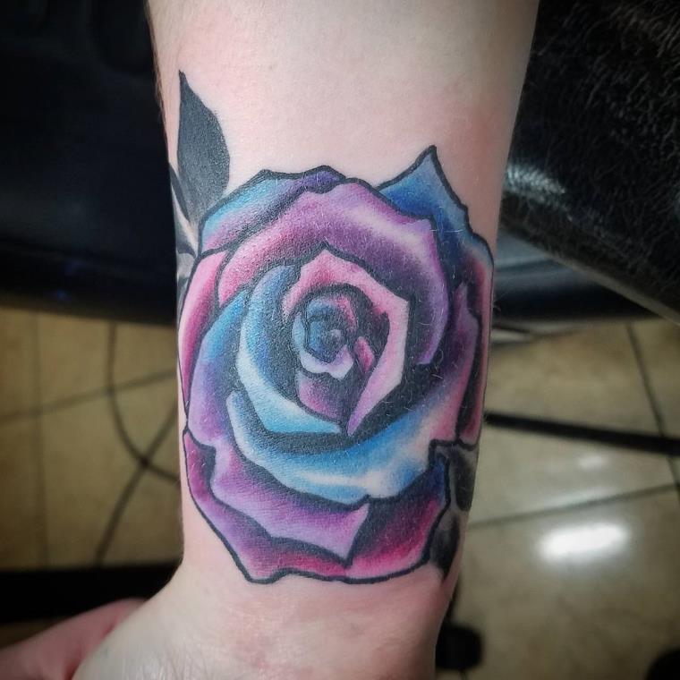 The girl wrist tattoo as stunning as discreet, proves itself