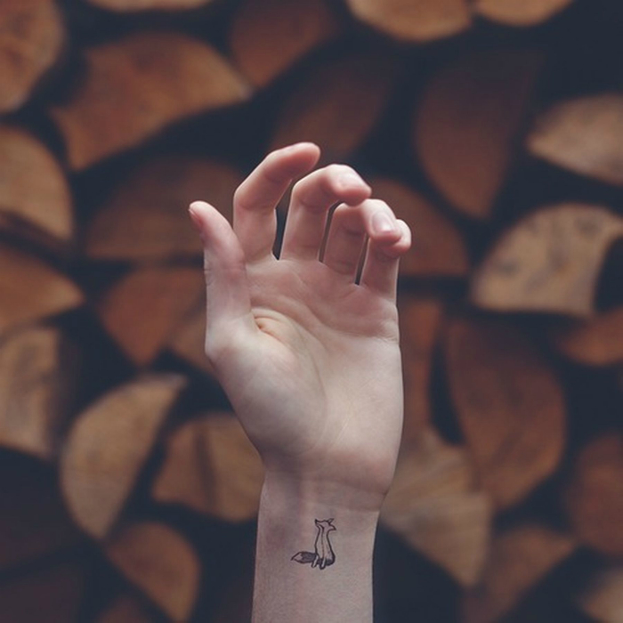 20 lovely minimalist tattoos