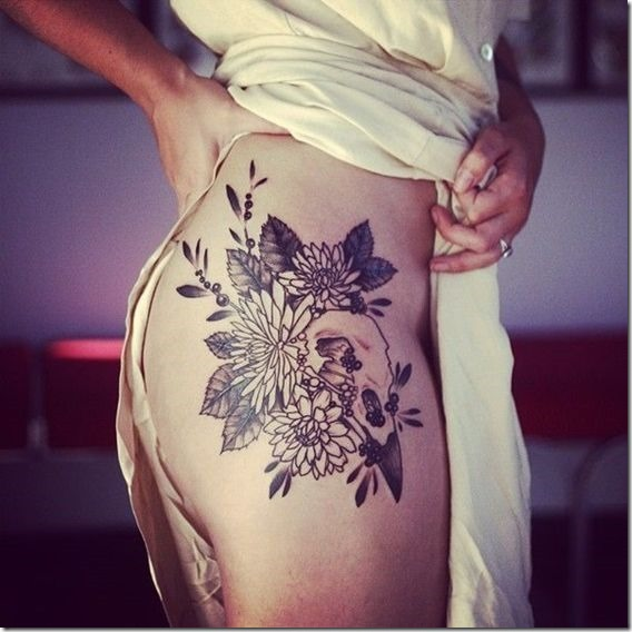 Seductive Hip Tattoos For Ladies